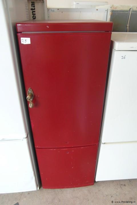 Veiling van diverse soorten (drank) koelkasten & vriezers te Nijverdal