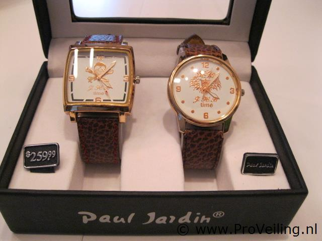 Faillissementsveiling van diverse goederen met o.a. nieuwe horloges; elektrisch gereedschap etc. (opgeslagen te Beneden-Leeuwen)