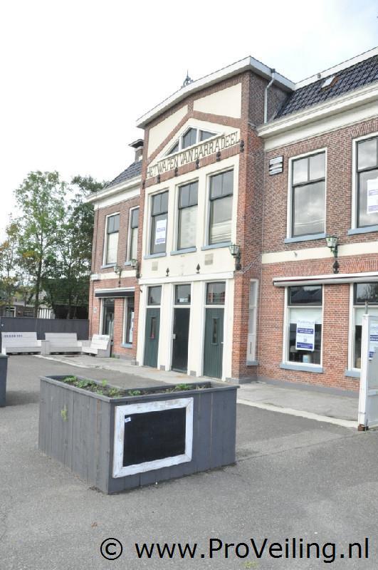 """Spoedveiling (horeca) inventaris """"Herberg Het Wapen Van Barradeel"""" te Tzummarum"""
