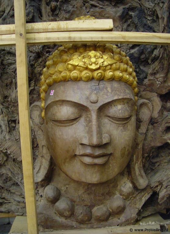 Veiling van een unieke zeer grote hardhouten Boeddha OOZZOO (Lunteren)