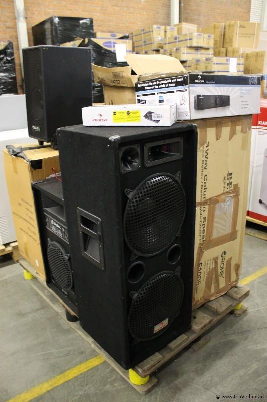 Veiling van grote (pallet) partijen nieuwe professionele audioapparatuur & witgoed (opgeslagen te Surhuisterveen)