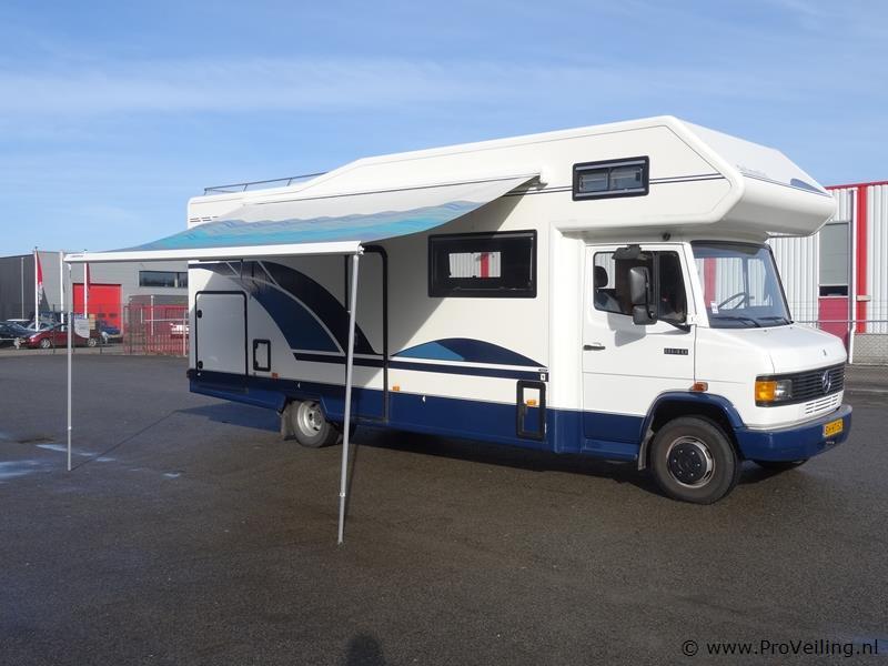 Veiling van Kantoor & Sanitairunit & een Mercedes-Benz camper te Drachten