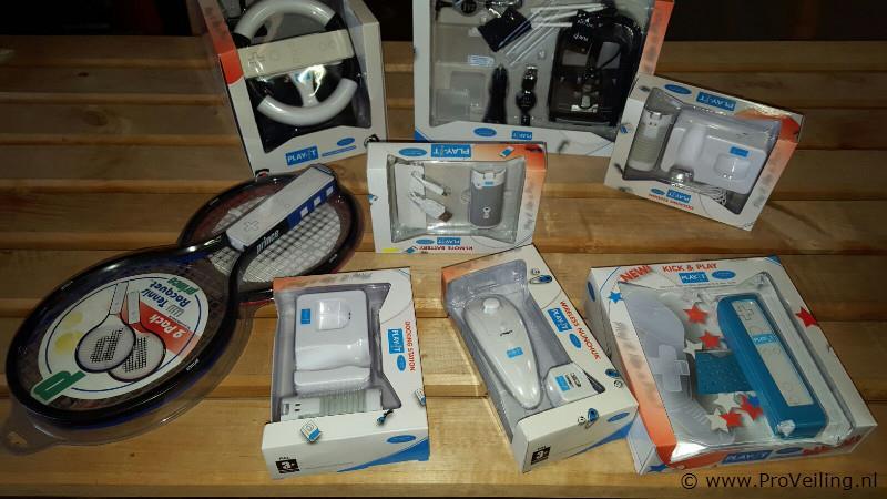 Veiling van diverse goederen o.a. huishoudelijk apparatuur; gereedschap; dameskleding etc. (Opgeslagen te Beneden-Leeuwen)