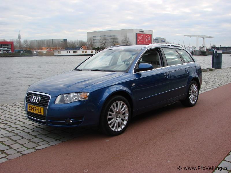 Veiling van diverse auto's te Haarlem