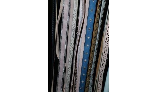 Diverse riemen - ca. 40 stuks