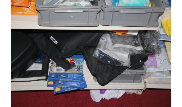 Diversen o.a. coolpacks, griphandschoenen