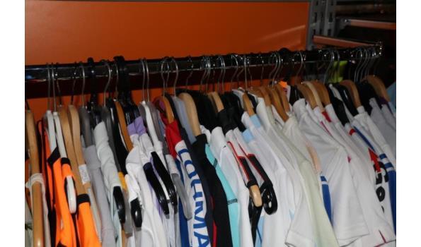 Diverse sportkleding o.a. T-shirts, shorts - ca. 50 stuks