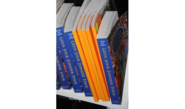 Diverse boeken o.a. Geen jour zonder tour - ca. 12 stuks