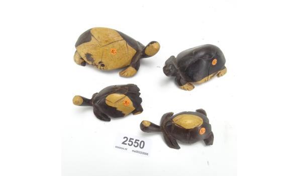 Set van 4 in hout gesneden schildpadden