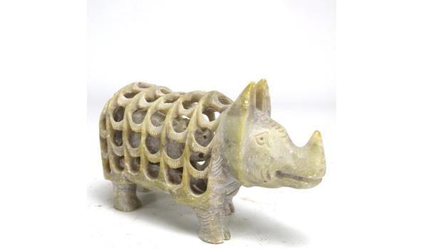 In steen gesneden neushoorn s