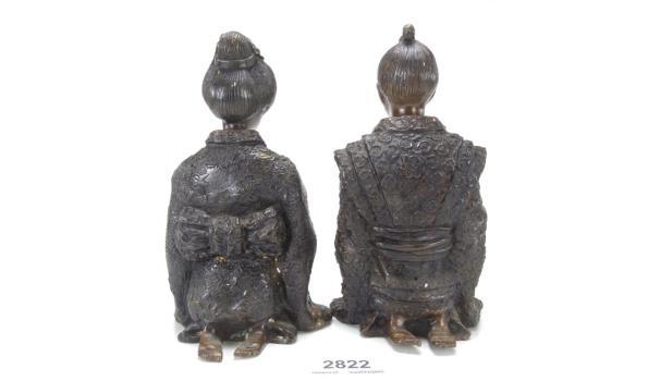 Antiek bronzen samurai met geisha