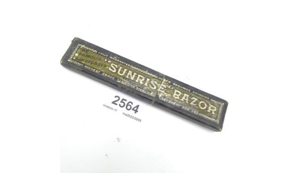 Vintage Sunrise Razor