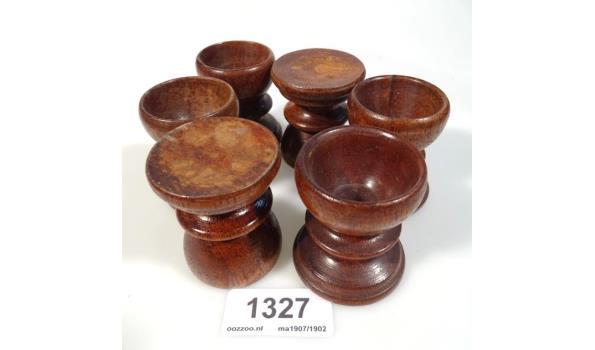 6 houten eierdoppen
