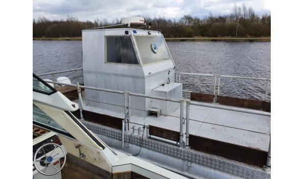 Grote Aluminium Ponton Werkboot 8 meter 2 Keer 115Pk Evinrude Fight
