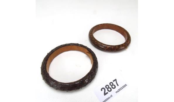 Paar lederen armbanden