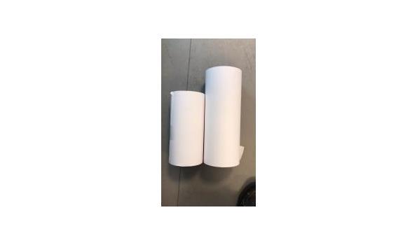 Partij 3 laags schoonmaak papier extra sterk 25 rollen