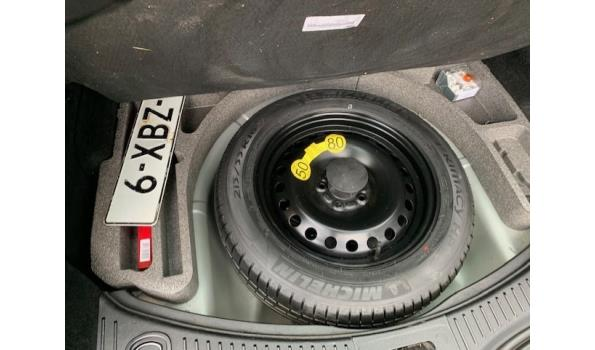 Ford Mondeo Turbo Diesel Stationwagen - Kenteken 6-XBZ-12