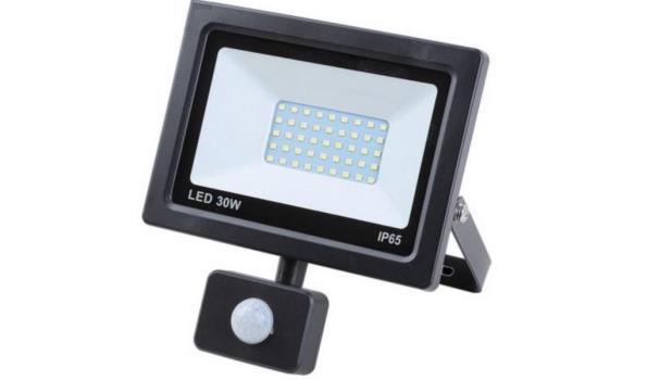 LED straler, 30 watt met bewegingsmelder, 2x