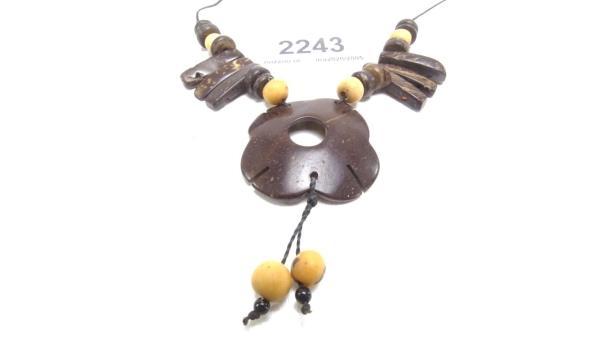 Houten collier