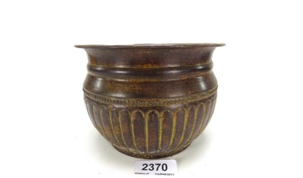 Koperen cache-pot