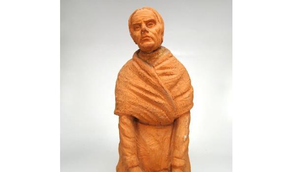 Terracotta beeld oude vrouw