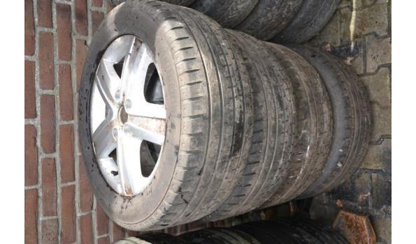 Aluminium velgen met banden - 4 stuks