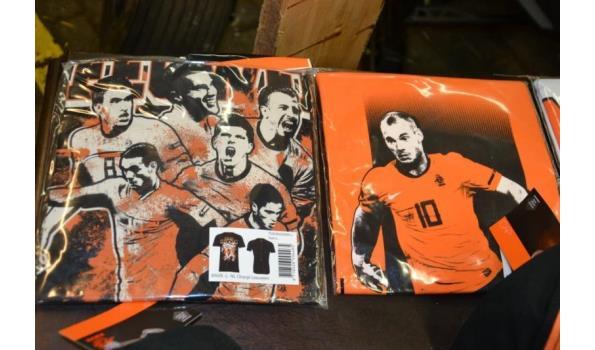 KNVB- kleding o.a. Caps & T-shirts - aantal ca. 500 stuks