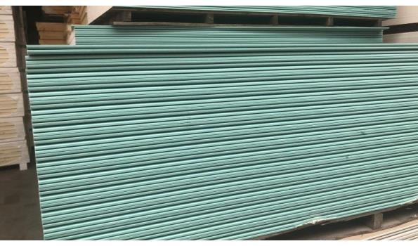 KNAUF gipsplaten 260x120cm voor douche, keuken natte cel 3.12m2 per plaat - totaal 15 platen