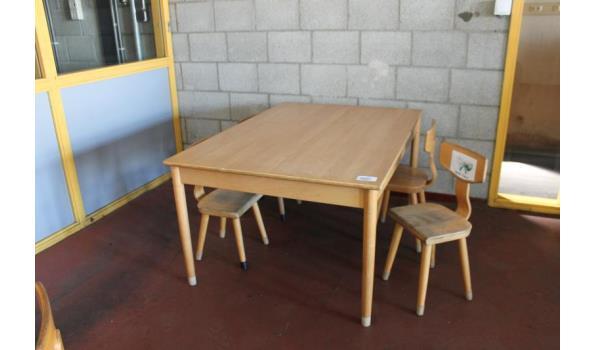 Kinder/schooltafel incl. 6 houten stoelen -  120x84x60cm