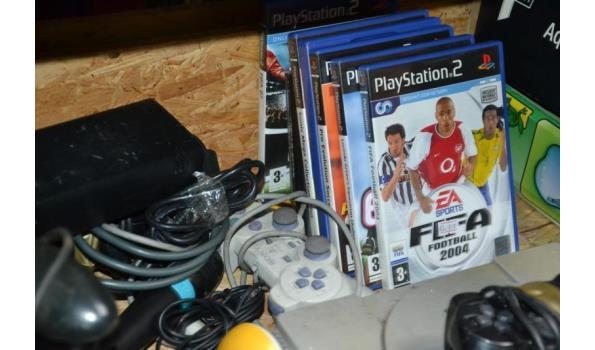Partij spelcomputers o.a. Playstation, racestuur, controllers & Nintendo