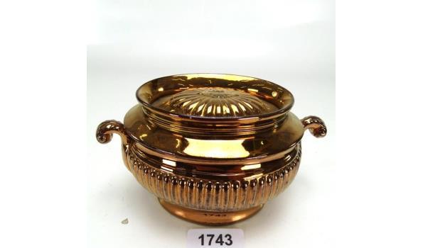 Goudsteen/lusterware dekselschaal