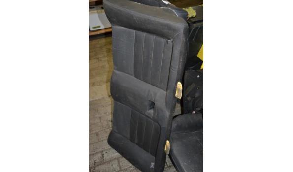 Partij onderdelen o.a. autostoelen t.b.v. Renault