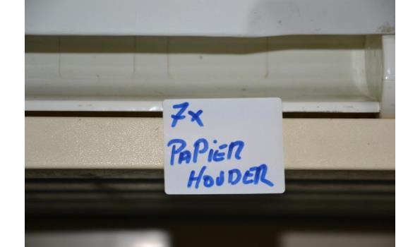 Papier rolhouder: diverse merken o.a. Kimberly-Clark - aantal ca. 7 stuks