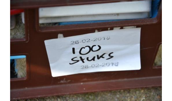 Schoenenpoetsborstels - aantal ca. 100 stuks