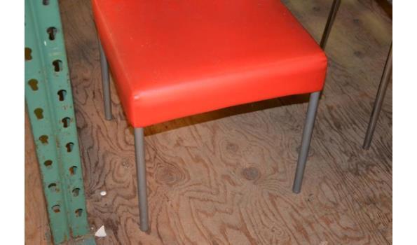 Eetkamerstoel - kleur rood (skai) leder