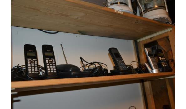 Partij telefoons o.a. Gigaset & Profoon