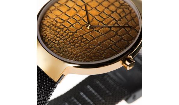 Dresselberg AVERY gouden kast / zwart bandje