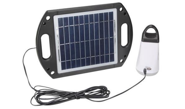 Solar systeem met lamp en laadmogelijkheid