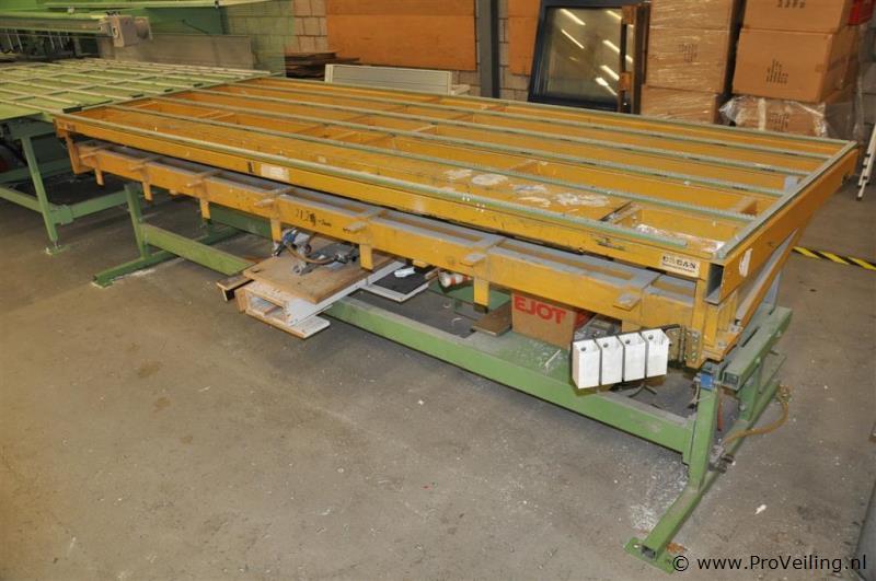 Montagekanteltafel hydraulisch merk URBAN type FLS 2500  ProVeilingnl # Wasbak Montage_202843