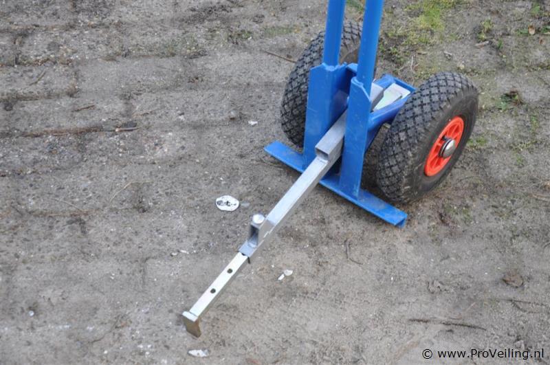 Tegel donkey voor het arbo technisch verplaatsen van tegels - Tegel voor geloofwaardigheid ...