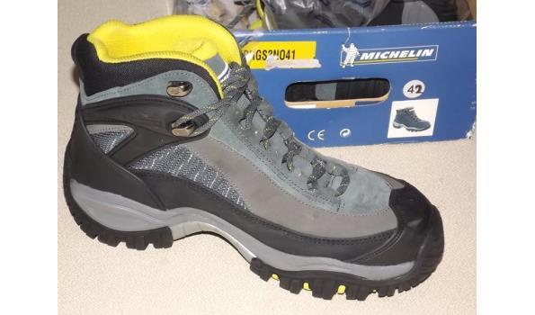 Hoge Werkschoenen Met Stalen Neus.Paar Michelin Hoge Werkschoenen Met Stalen Neuzen Maat 42 1x