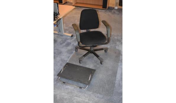 Onderplaat Voor Bureaustoel.Hag Bureaustoel Met Voetenbankje En Onderplaat Proveiling Nl