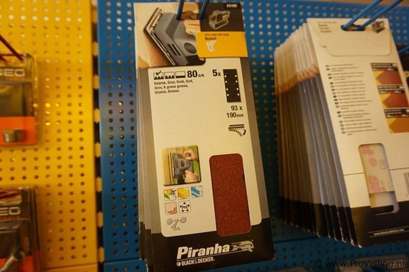 25 vellen schuurpapier Piranha