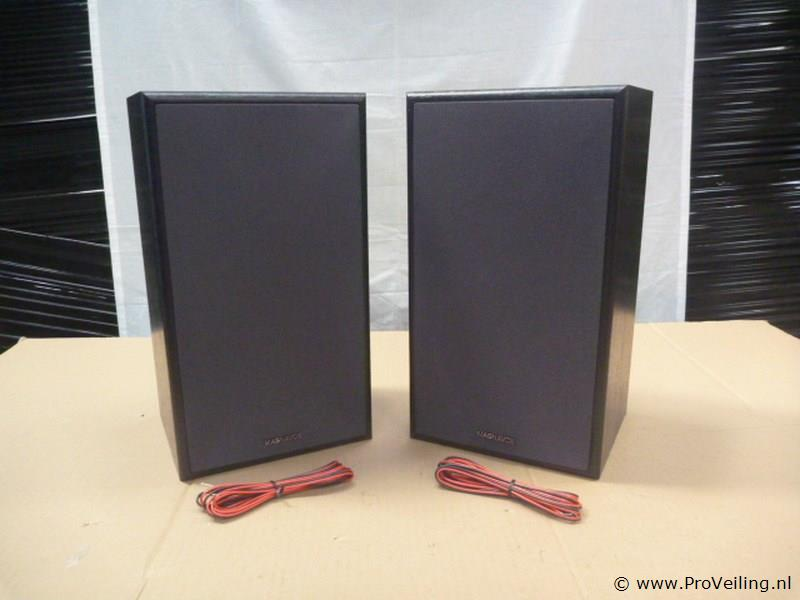 set a 2 Phillips ( magnavox ) frontman speakers