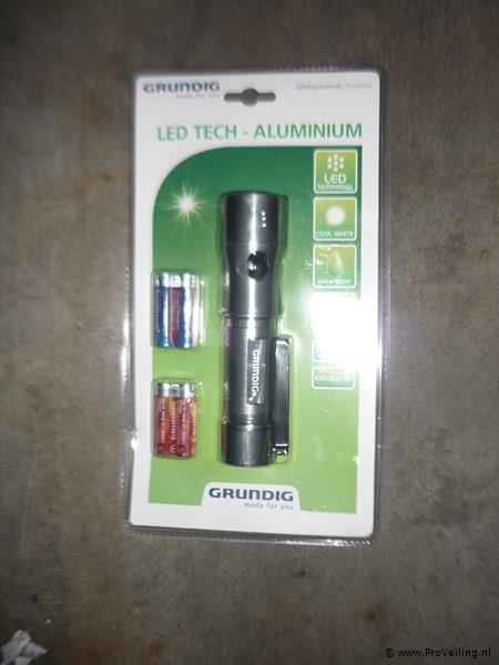 LED tech zaklamp