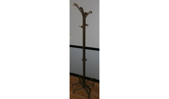 Metalen kapstok - hoogte ca. 190cm