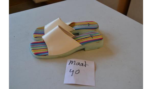 slippers maat 40