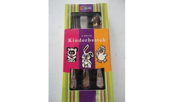 kinder bestek set in gift doosje
