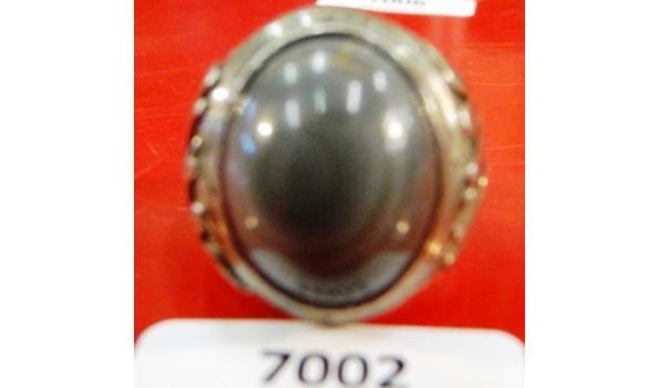 Grote zilveren ring met natuursteen