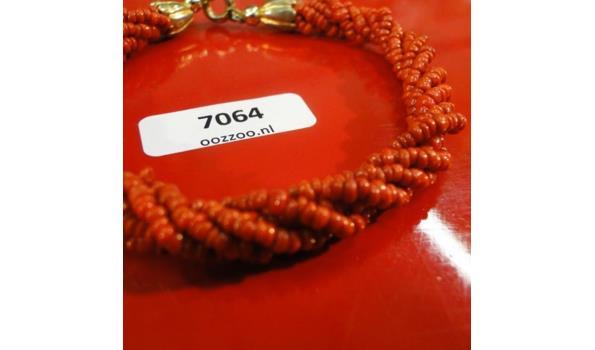Armband van Bloedkoraal
